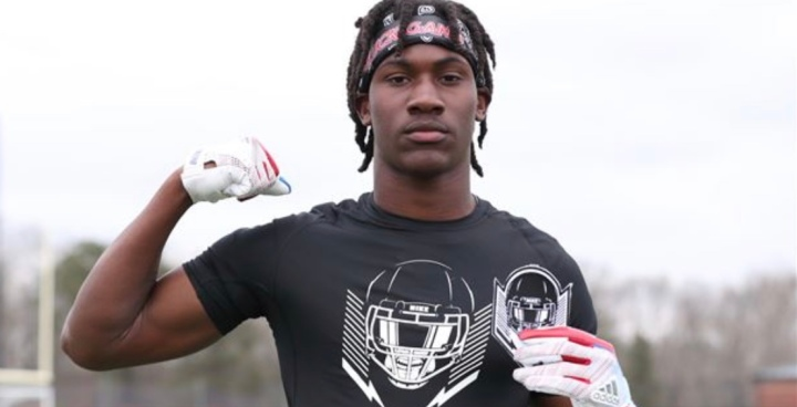 SwampSquadXIX: 4 Star DB Chester Kimbrough commits to Florida.