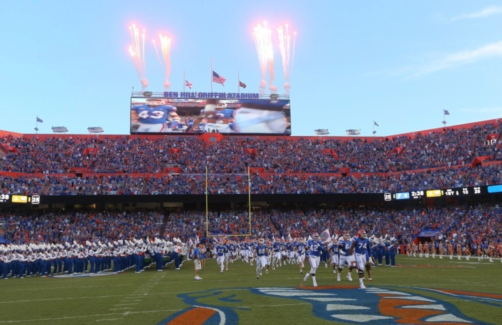 #25 Florida Gators (1-0) vs Kentucky Wildcats (1-0).