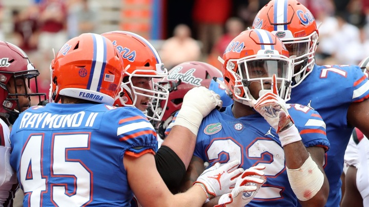 #15 Florida bounces back in a big way defeating South Carolina 35-31.